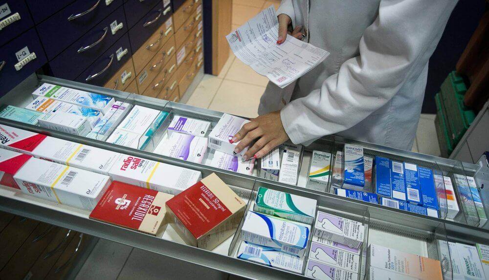 Medicamentos en la farmacia
